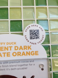 Yogurtland Daffy Duck QR Code